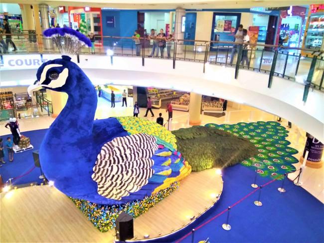 巨大な孔雀-ディパバリのデコレーション (1)