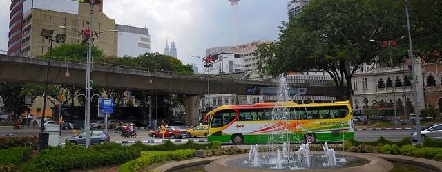 マレーシア バス マラッカ トップ