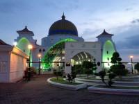 Masjid Selat Melaka 水上モスク