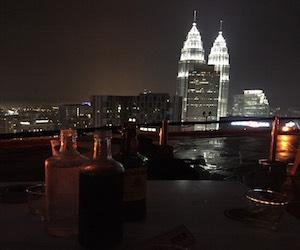 お酒と夜景