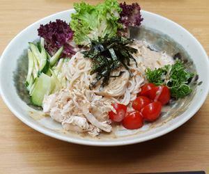 鶏ささみの冷製サラダ素麺