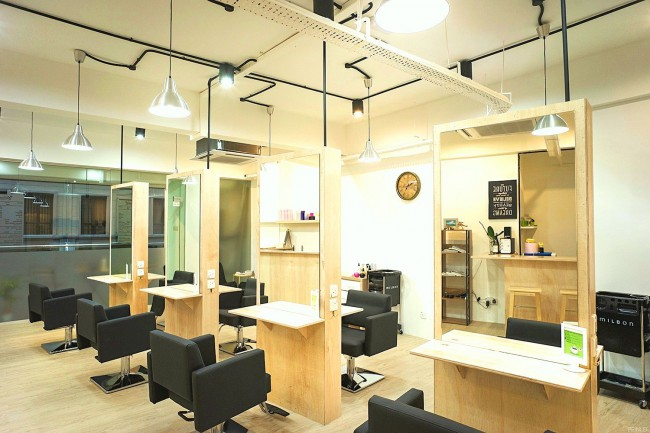 マレーシアのヘアサロンHair studio Column内観