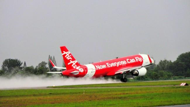 Airasia エアアジアの旅客機