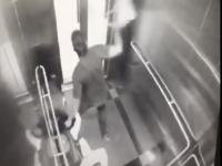 クアラルンプール市郊外の駅エレベーターで強盗