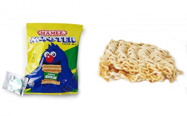 マレーシアのお菓子 Mamee Monster