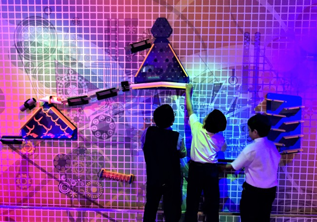 ペトロサインス Petrosains マレーシアの科学博物館