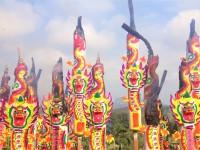 ハングリーゴーストフェスティバル – 日本の「お盆」にあたる年中行事