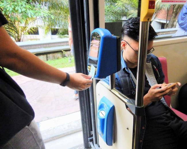 Rapid KL クアラルンプールを走る公共バスの降り方
