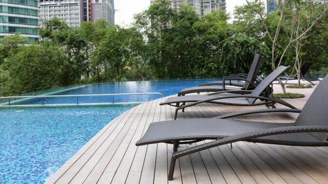 マレーシアのコンドミニアムは、プールやジム付き、ガードマン常駐は一般的